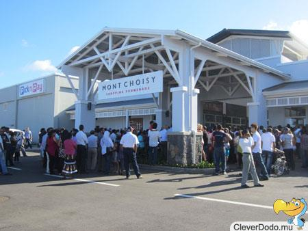 mont choisy grand opening